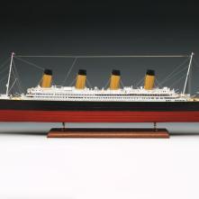 Amati Titanic
