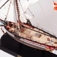 Caldercraft Yacht Chatham by Shaun Au