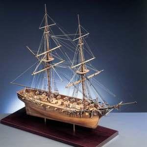 HMS Cruiser - Caldercraft