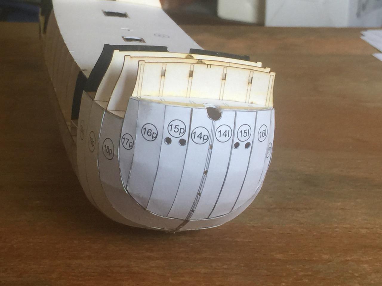 Schwarzer Rabe paper model kit